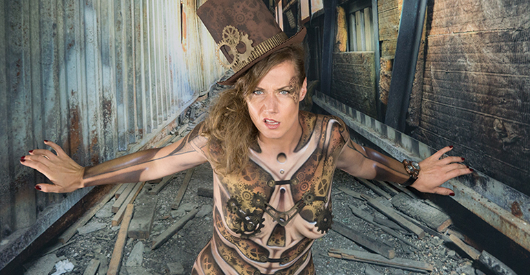 Bodypainting-Steampunk-Model-Nadine